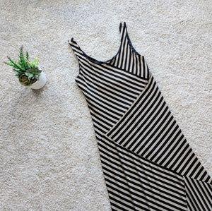 🧡AGB Long Striped Maxi Dress